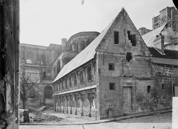 Eglise Notre-Dame (ancienne cathédrale) Bibliothèque, Service photographique,