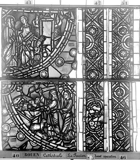 Cathédrale Vitrail, déambulatoire, le Passion, troisième panneau, Heuzé, Henri (photographe),