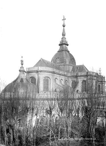 Cathédrale Saint-Louis Ensemble sud-est, Mieusement, Médéric (photographe),