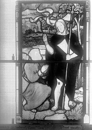Eglise Saint-Godard Vitrail, baie 15, Apparition du Christ, sixième panneau, Heuzé, Henri (photographe),
