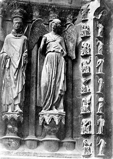 Cathédrale Notre-Dame Portail nord de la façade ouest : statues de saint Nicaise et de l'Ange au Sourire, Le Secq, Henri (photographe),