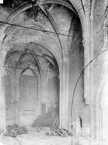 Chapelle Saint-Evremond Choeur, Durand, Eugène (photographe),