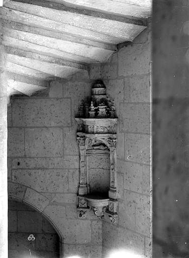 Hôtel Pincé Escalier : Niche sculptée, Berthault (photographe),