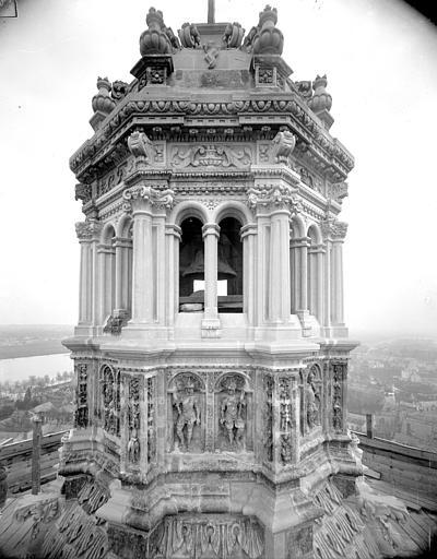 Cathédrale Saint-Gatien Clocher sud : couronnement, ,