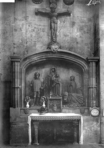Cathédrale Saint-Sauveur Retable de la tarasque, Enlart, Camille (historien),