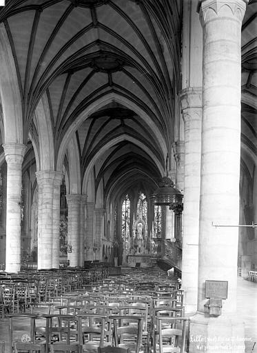 Fort Saint-Sauveur (ancien) Chapelle : Vue intérieure de la nef vers le nord-est, Robert, Paul (photographe),
