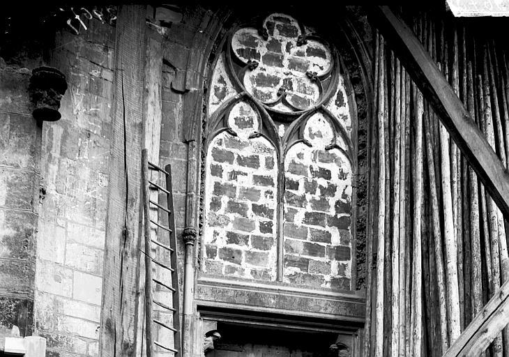Eglise Saint-Urbain Baie condamnée, Enlart, Camille (historien),