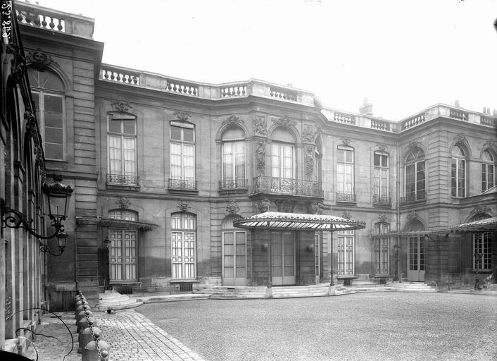 Hôtel Monaco Côté nord sur la cour, Durand, Eugène (photographe),
