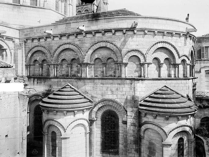Cathédrale Saint-Pierre Abside, côté sud : arcatures et partie supérieure des absidioles, Mieusement, Médéric (photographe),