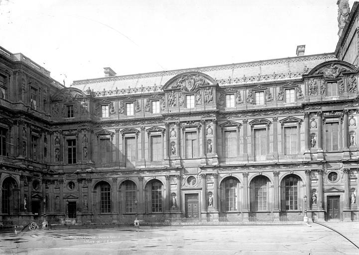 Palais du Louvre Galerie Henri II, grande cour, Durand, Eugène (photographe),