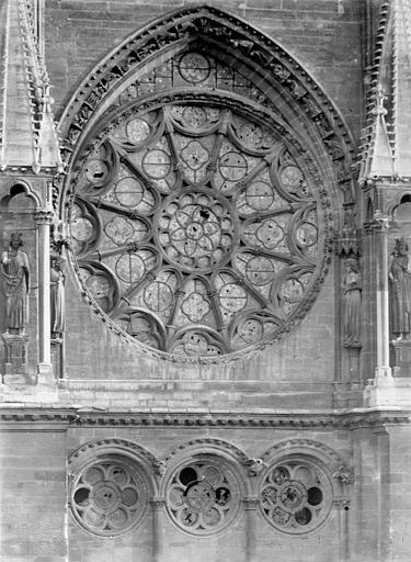 Cathédrale Notre-Dame Transept nord : Rose, Sainsaulieu, Max (photographe),
