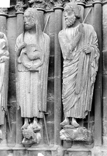 Cathédrale Notre-Dame Portail sud de la façade ouest. Ebrasement droit : Statues de saint Jean-Baptiste et d'Isaïe, Sainsaulieu, Max (photographe),