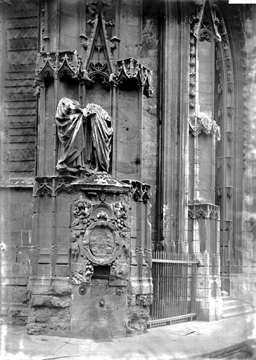 Eglise Saint-Maclou Fontaine, angle nord-ouest, Enlart, Camille (historien),