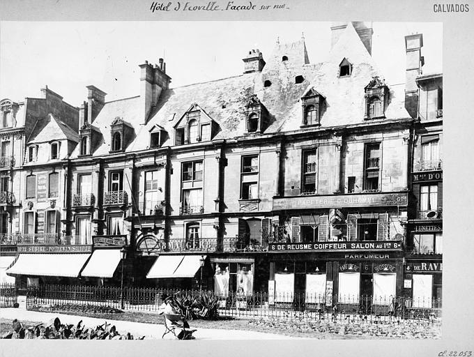 Hôtel d'Escoville (ancien) Façade sur rue, Durand, Jean-Eugène (photographe),