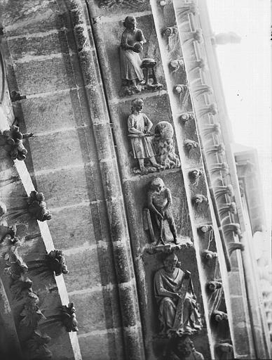 Cathédrale Notre-Dame Rose nord, voussure, la Genèse, Lajoie, Abel,