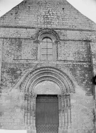 Eglise Façade ouest, Durand, Georges (photographe à Amiens),