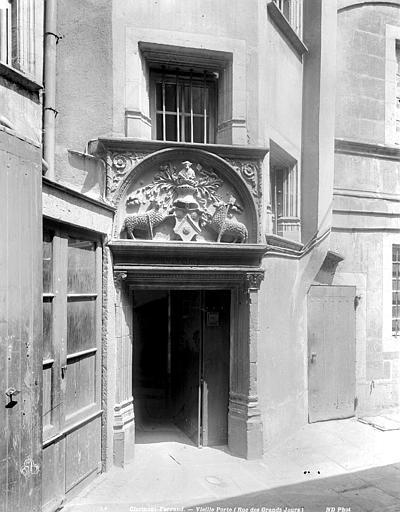 Porte Porte, Neurdein Frères (photographes),