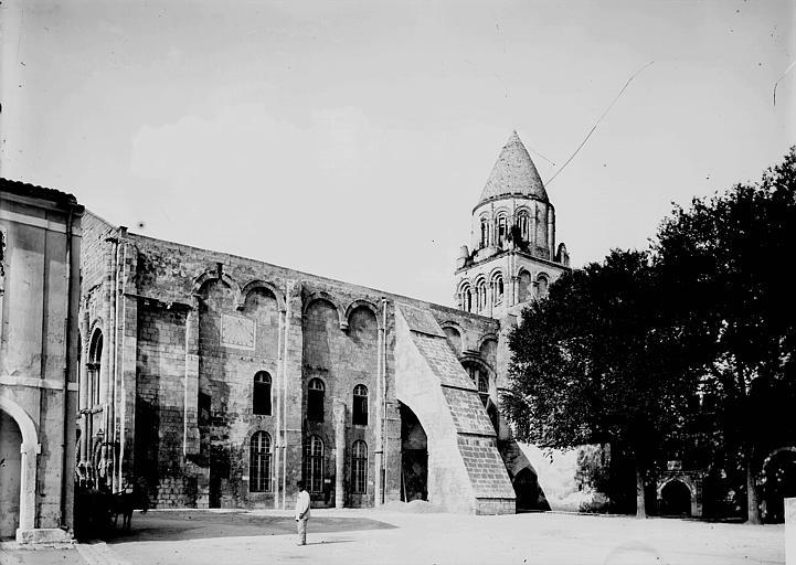 Eglise Sainte-Marie-des-Dames Façade latérale et clocher, Enlart, Camille (historien),