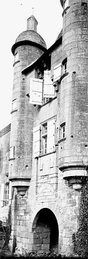 Maison Façade: échauguettes, Enlart, Camille (historien),