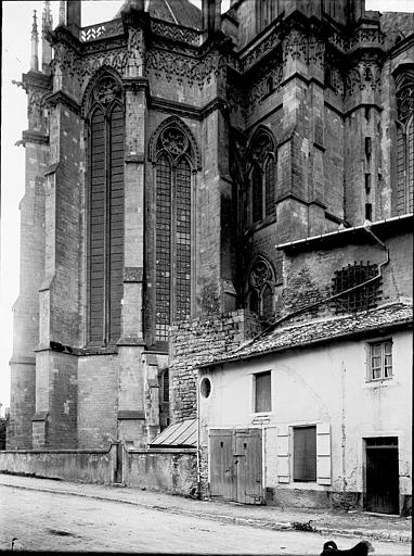 Eglise Saint-Etienne Abside au nord, Enlart, Camille (historien),