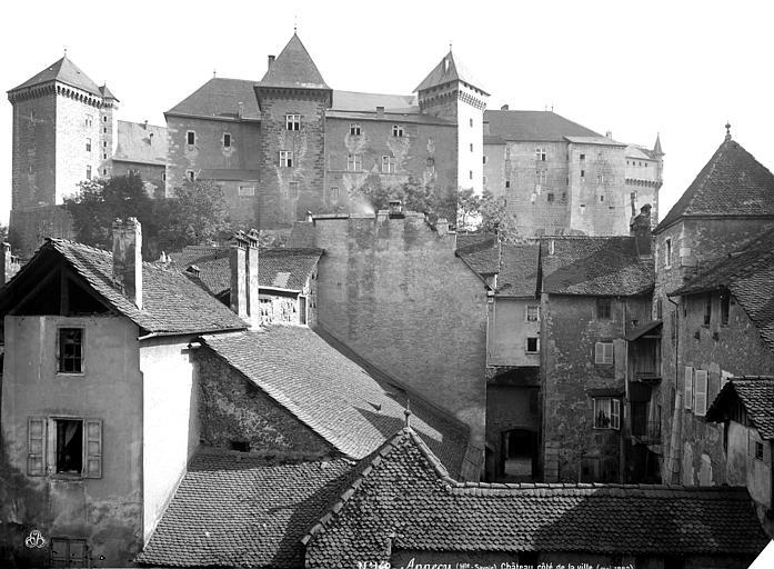 Château Ensemble, côté de la ville, Mieusement, Médéric (photographe),