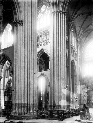Cathédrale Notre-Dame Transept, Enlart, Camille (historien),