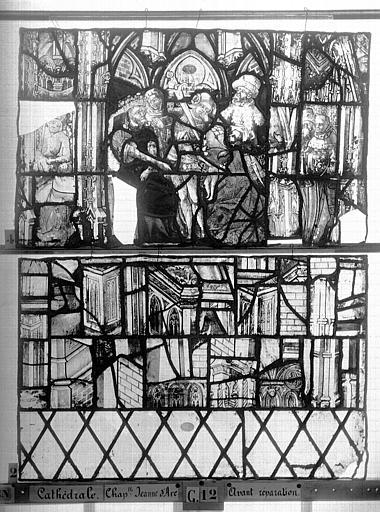 Cathédrale Vitrail, Chapelle Jeanne d'Arc, la Vierge et l'Enfant, saint jean, baie 36, quatorzième panneau, en haut, Heuzé, Henri (photographe),