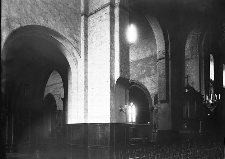Eglise Sainte-Mélaine ; Eglise Notre-Dame Nef, Enlart, Camille (historien),