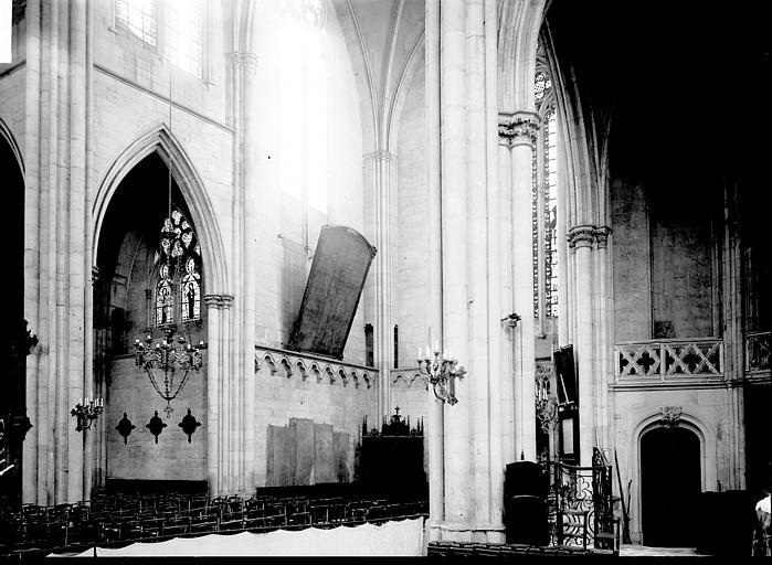 Eglise Saint-Gengoult Nef et transept: vue diagonale, Enlart, Camille (historien),