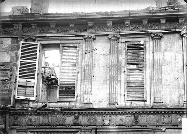 Maison natale de Jean-Baptiste de la Salle Fenêtres, Verneau, G.,