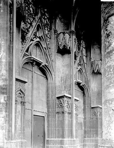 Eglise Saint-Urbain Portail, Enlart, Camille (historien),