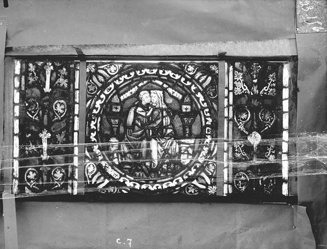 Eglise Saint-Gengoult Vitrail de l'abside, lancette gauche, panneaux supérieurs 7, Romanais (photographe),