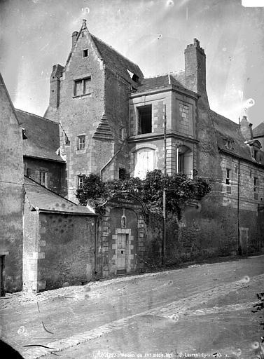 Maison Vue d'ensemble, Carlier (photographe),