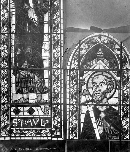Cathédrale Saint-Etienne Vitrail : saint Paul, Leprévost (photographe),