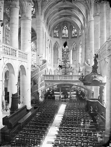 Eglise Saint-Etienne-du-Mont Nef, vue de l'entrée, Marville, Charles (photographe),