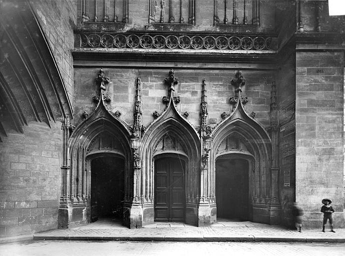 Eglise Saint-Eloi Portail, Panajou (photographe),