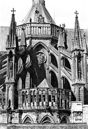Cathédrale Notre-Dame Partie supérieure du chevet, Le Secq, Henri (photographe),
