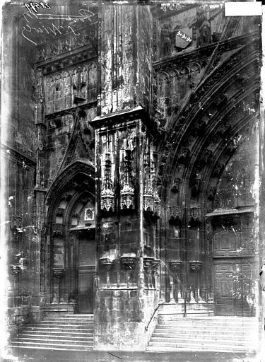Basilique Saint-Nicolas Portail ouest: partie gauche, Enlart, Camille (historien),