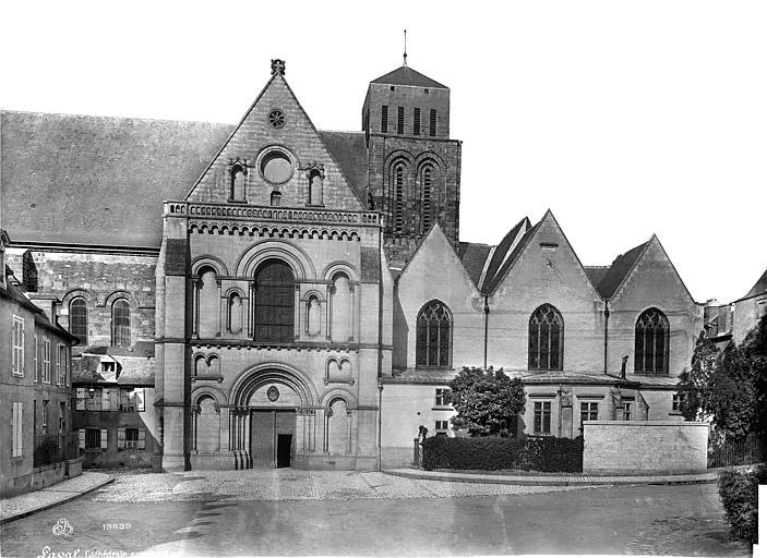 Cathédrale de la Trinité Façade sud, Mieusement, Médéric (photographe),