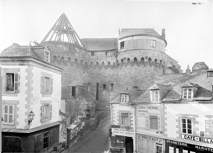 Porte de ville Vue d'ensemble, Durand, Jean-Eugène (photographe),