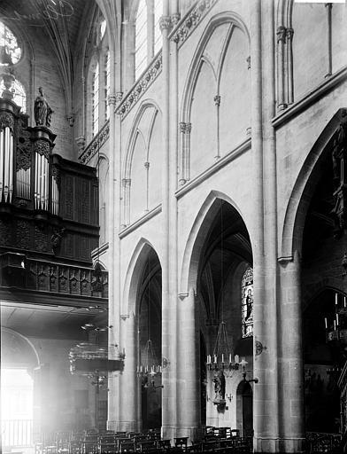 Eglise Saint-Samson Nef: vue diagonale prise du choeur, Enlart, Camille (historien),