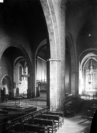 Eglise Nef, bas-côté, Durand, Eugène (photographe),
