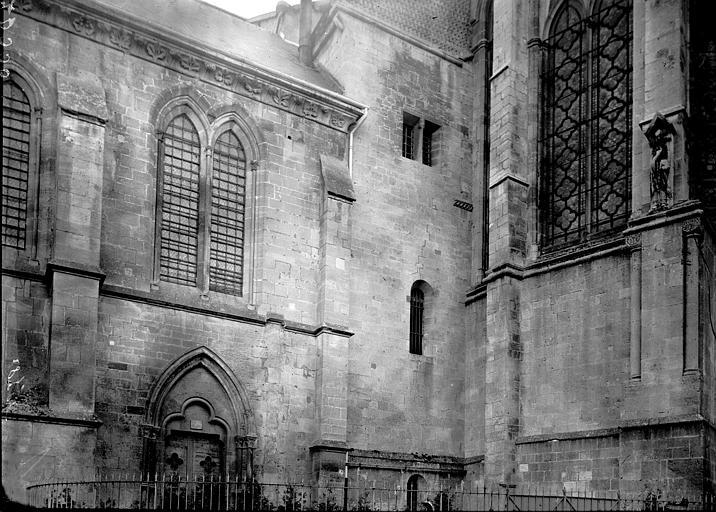 Cathédrale Notre-Dame-de-l'Assomption Façade: partie, Enlart, Camille (historien),