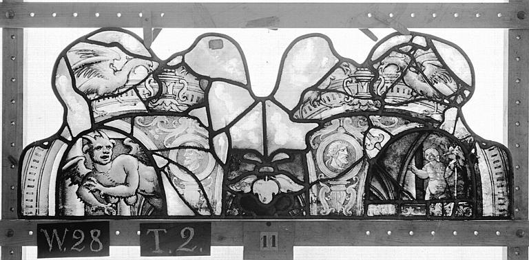 Cathédrale Vitrail, Chapelle Saint-Joseph, lancette médiane, Légende de saint Romain, premier panneau, en haut, Heuzé, Henri (photographe),