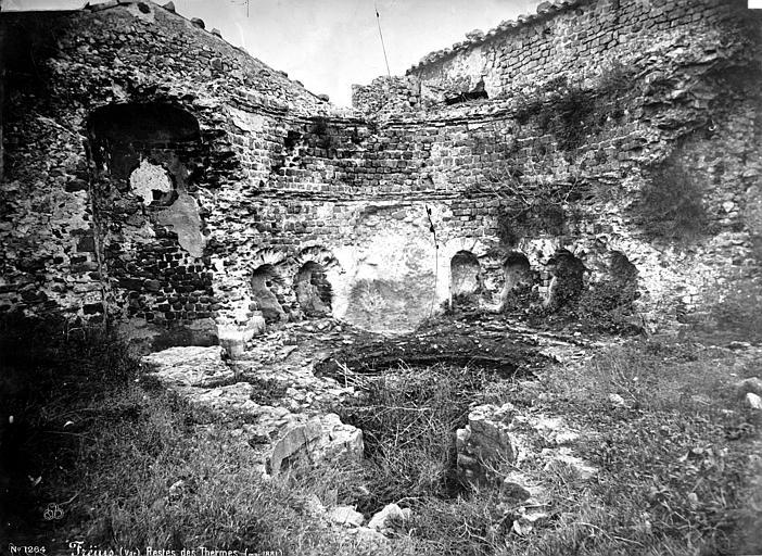 Thermes antiques (restes) Vue intérieure d'une salle, Mieusement, Médéric (photographe),