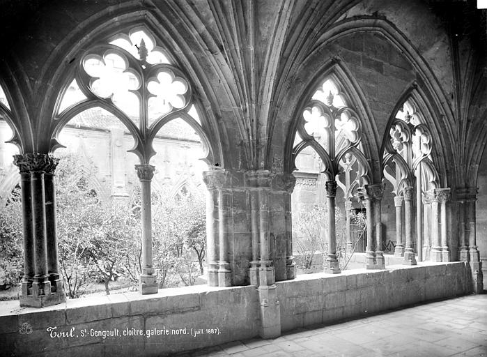 Eglise Saint-Gengoult Cloître : arcades intérieures de la galerie nord, Mieusement, Médéric (photographe),