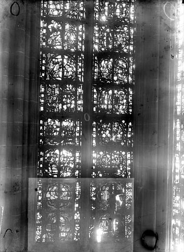 Cathédrale Notre-Dame Chapelles du choeur, vitrail O', Gaudin,