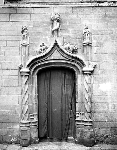 Maison Porte, Neurdein Frères (photographes),