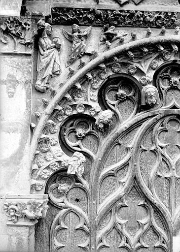 Cathédrale Saint-Etienne Portail central de la façade ouest : arc de gauche, partie gauche, Doucet ; Baudet (photographe),