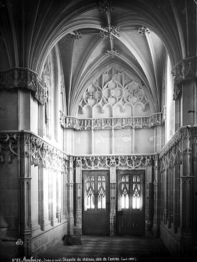 Château Chapelle : intérieur, côté de l'entrée, Mieusement, Médéric (photographe),